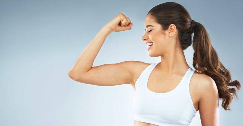 7 Esercizi per dimagrire le braccia in modo efficace e semplice