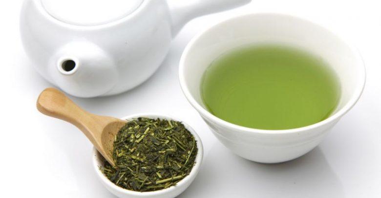 10 Proprietà benefiche del Tè Verde, antico rimedio naturale